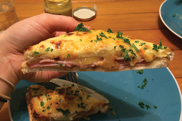 Croque-Monsieur (A glorified toasted sandwich)